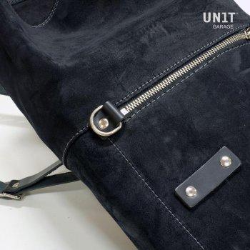 侧袋采用皮革分体+ T120框架