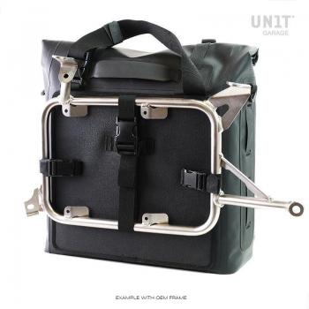 TPU 35L-45L中的两个Khali侧袋
